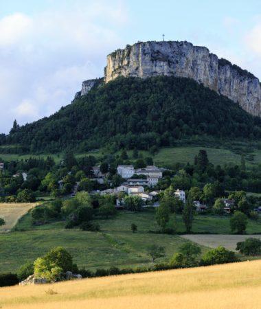 France, Drome (26), Parc Naturel Regional du Vercors, Plan de Baix, Le Rocher du Vellan